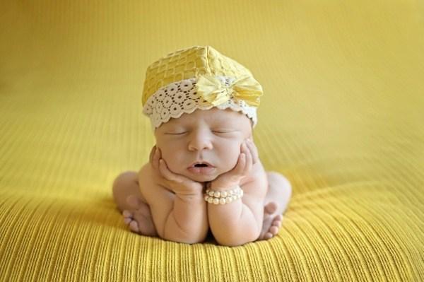 Жовтянниця у новонароджених: що потрібно знати мамі