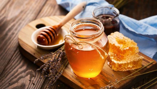 Чим лікувати молочницю в домашніх умовах: мед