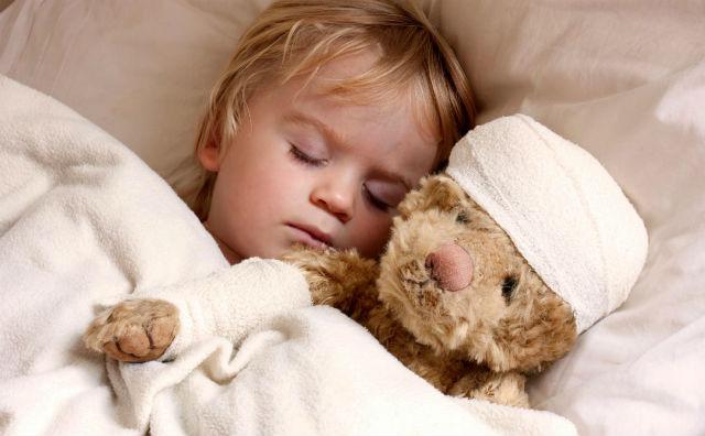 Висока температура у дитини: перша допомога