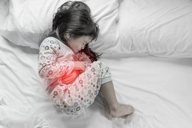 Харчове отруєння у дитини: як допомогти дитині
